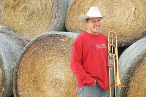 A TROMBONE, COWS, PI DAY AND HAY / Klingenberg gets creative with videos