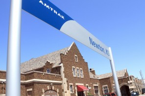KANSAS AMTRAK / Train provides alternative to those done with the hassle of air travel