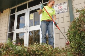 Fall cleaning: Sunset PTO spruces up the yard
