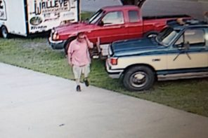 'Car haulin' pickup truck stolen from Dave's Muffler
