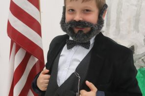 Third-graders impersonate famous figures
