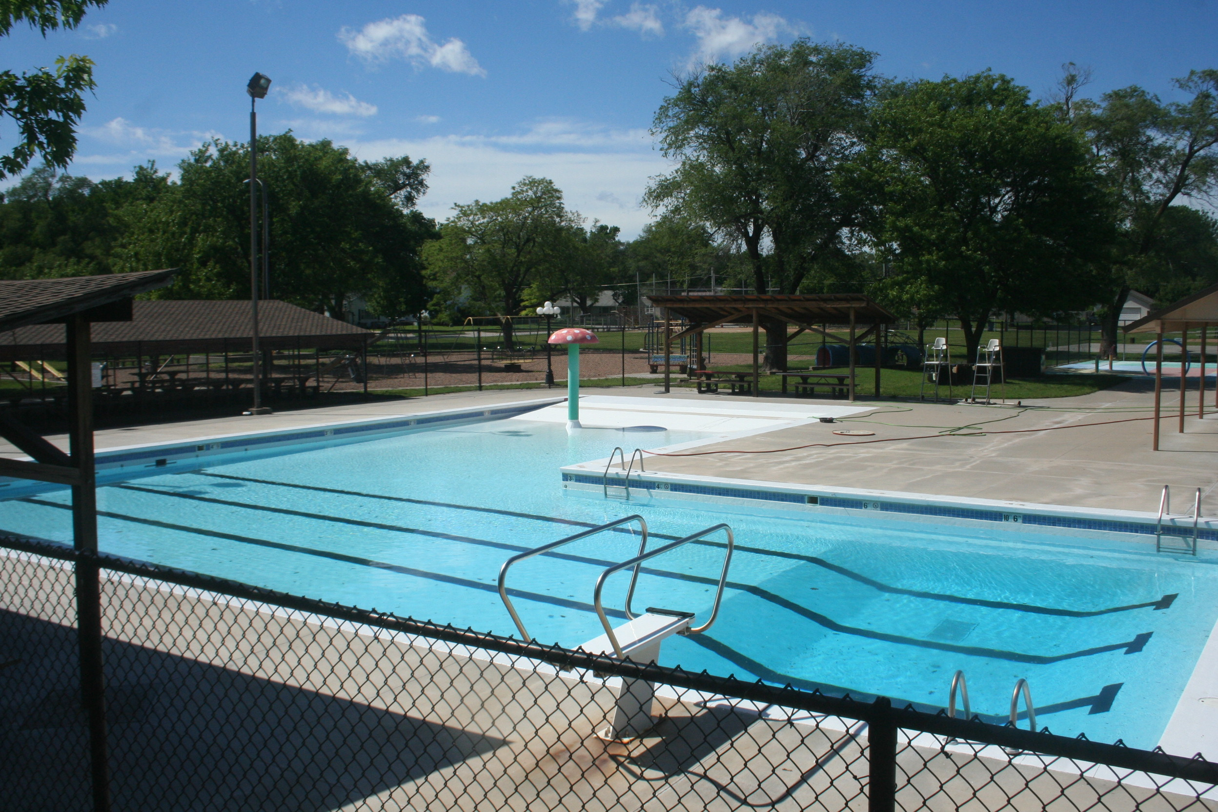 Sedgwick city council pushes opening of swimming pool back again