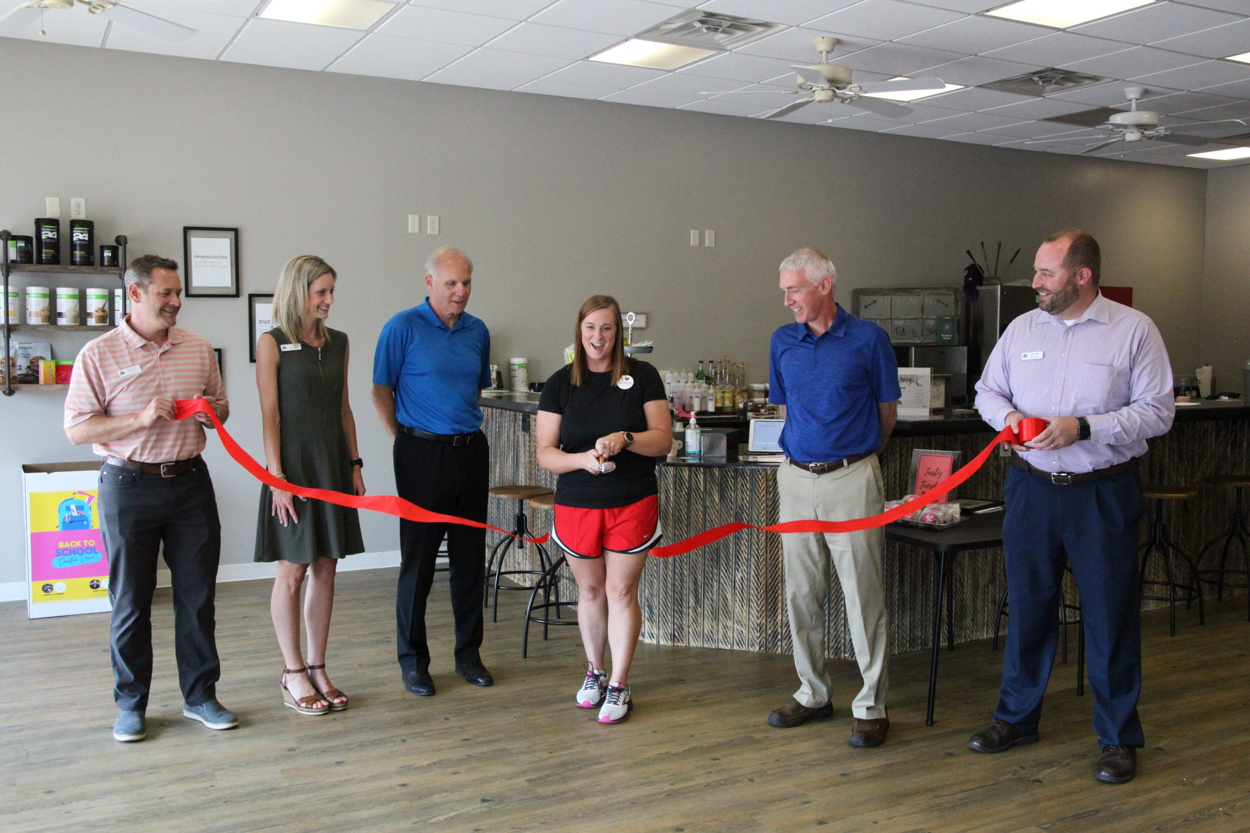Raise the Bar brings nutrition and personal training to Hesston